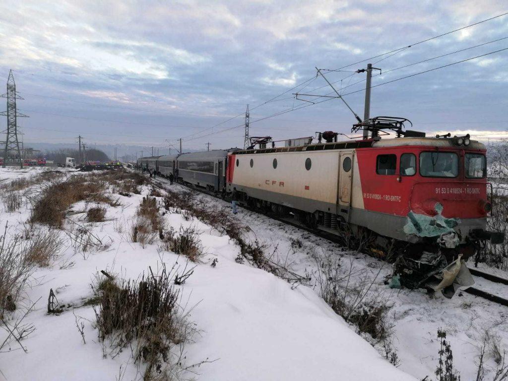 duba tren suceava accident